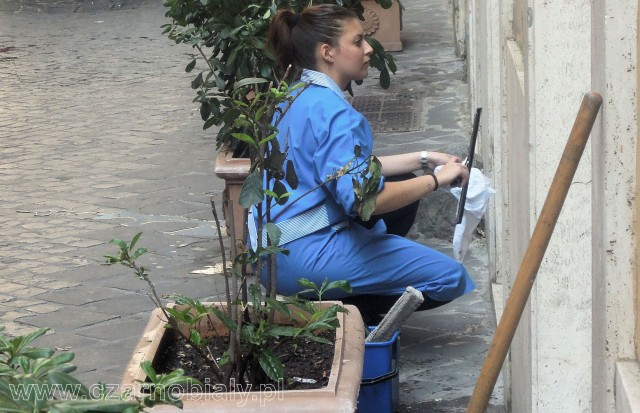 roma lavoro colf grembiule 2